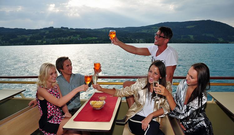 1452696972_2016_-_REGION_-_Partyschiff_©_Attersee_Schifffahrt_-_Thorsten_Veit