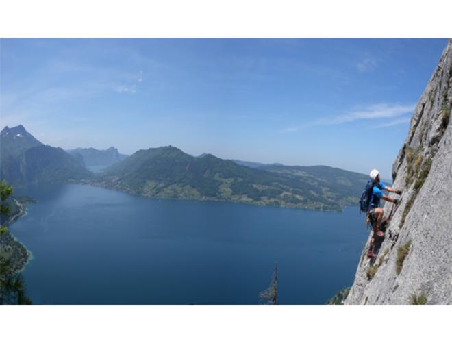 2012_-_Attersee_Klettersteig_Mahdlgupf_Panorama_TD